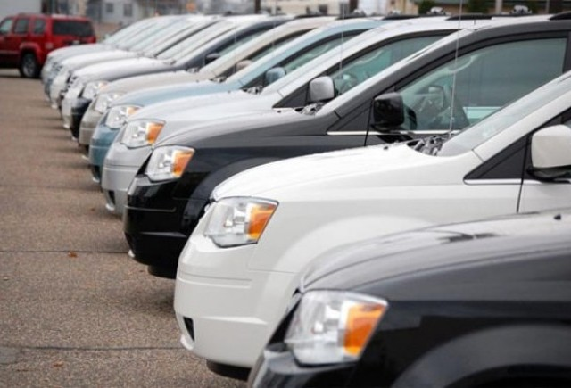 Jucatorii de pe piata auto din Romania ofera reduceri si de 8.000 euro pentru a-si mari vanzarile