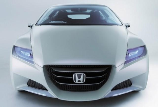 Piata hibridelor: o disputa Honda vs. Toyota