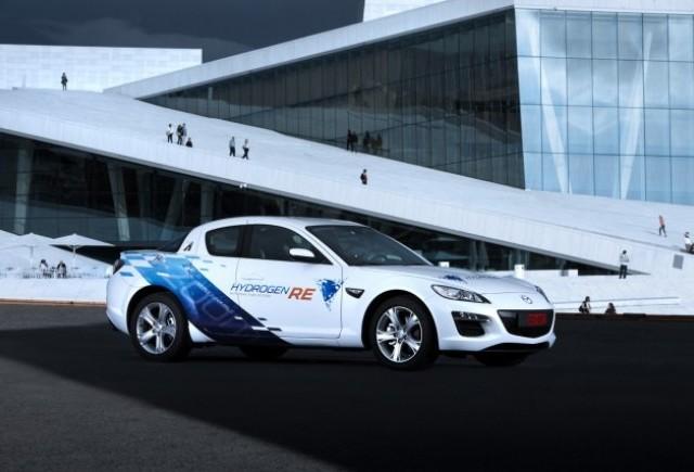 18 ani de cercetare Mazda in domeniul vehiculelor cu alimentare pe hidrogen