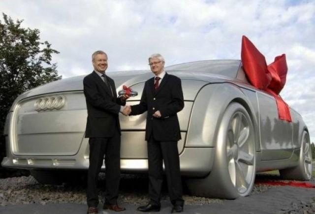 VIDEO: Audi TT de 10 tone!