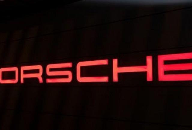 Porsche incheie anul fiscal cu pierderi de 5 miliarde euro