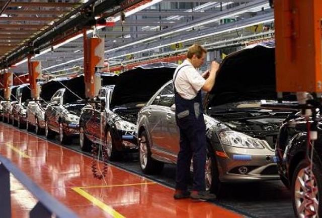 Industria auto germana a depasit punctul critic, dar va mai dura pana isi vor reveni vanzarile
