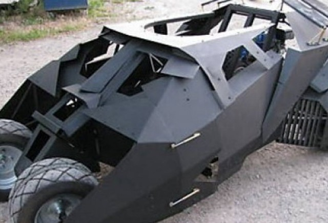 VIDEO: Cum se construieste un Batmobile?