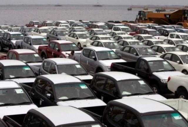 Vanzarile de autoturisme noi au scazut cu 52,5% in primele sapte luni