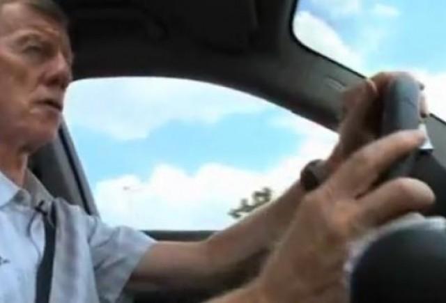 VIDEO: Walter Rohrl conduce noul Porsche Panamera