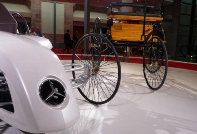 Frankfurt LIVE: Mercedes aduce un elogiu primului automobil din istorie