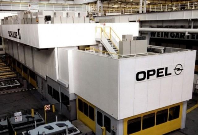 Angajatii Opel sunt in pericol de a pierde slujbele