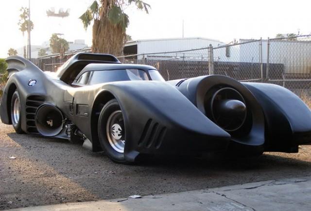 VIDEO: Vezi imagini cu replica Batmobil-ului