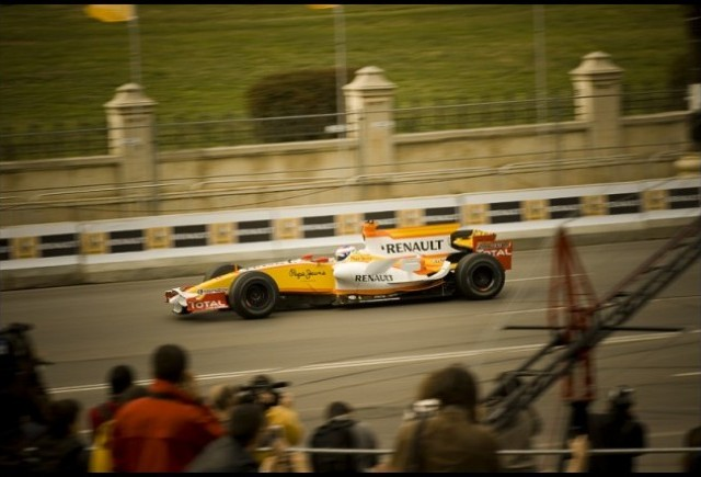 Galerie Foto: Renault F1 Roadshow la Bucuresti