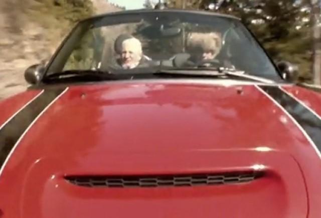 VIDEO: Istoria MINI, povestita de doi piloti, castigatori ai Raliului Monte Carlo