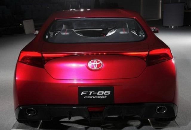 Fotografii noi cu conceptul Toyota FT-86