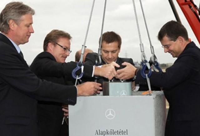 Mercedes a pus piatra de temelie pentru uzina din Ungaria