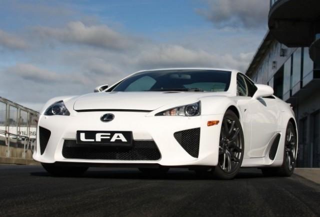 Noul Lexus LF-A, killer de Ferrari