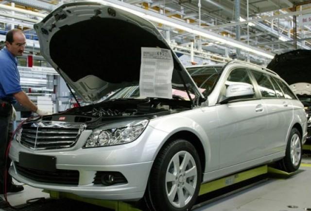 Daimler investeste 3 miliarde euro in uzinele germane