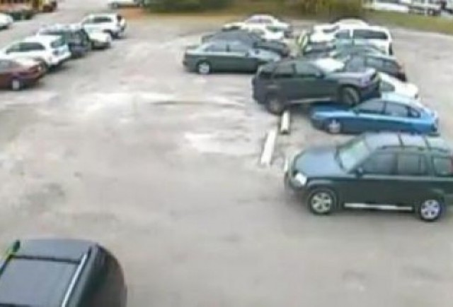 VIDEO: Cum sa NU parchezi un BMW X5