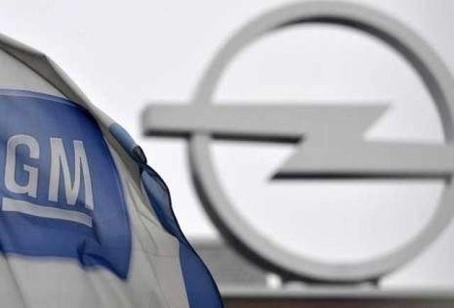 Presa germana critica decizia GM de a pastra Opel