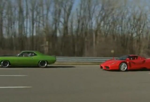 VIDEO: Plymouth Barracuda vs Ferrari Enzo