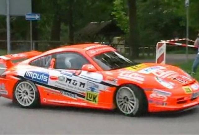 VIDEO: Porsche 911 GT3 rally cars