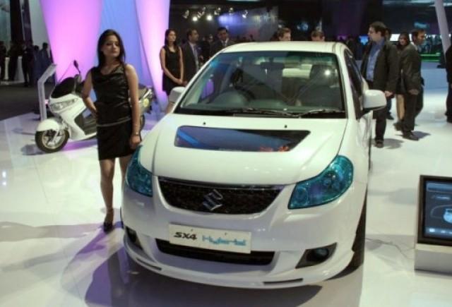 Suzuki prezinta hibridul SX4