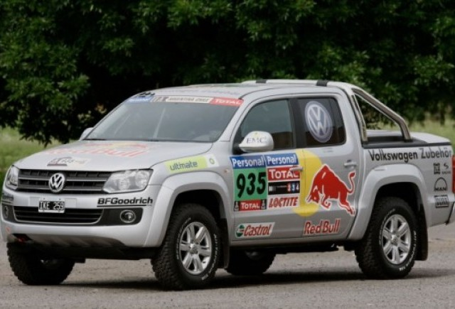 Volkswagen Amarok este folosit la Raliul Dakar