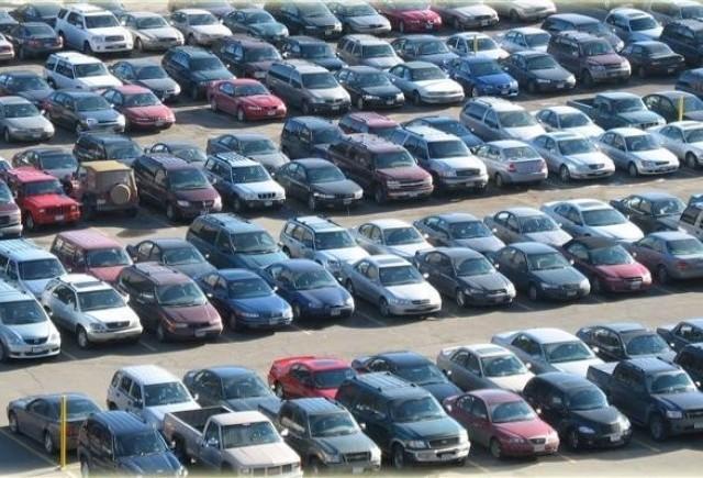 Vanzarile totale de autoturisme in Romania au scazut, in 2009, cu 52%, la 130.193 unitati