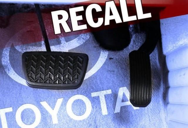 Toyota a gasit rezolvare la problema pedalei de acceleratie
