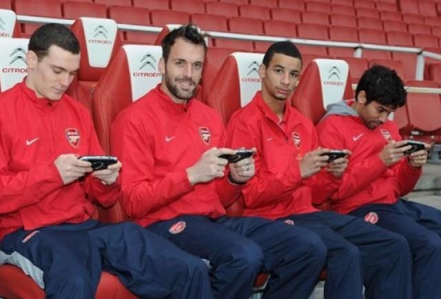 Citroen a conceput scaunele bancii de rezerva de la Arsenal