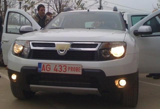 Primele imagini cu Dacia Duster in public