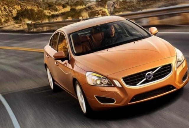 OFICIAL: Noul Volvo S60