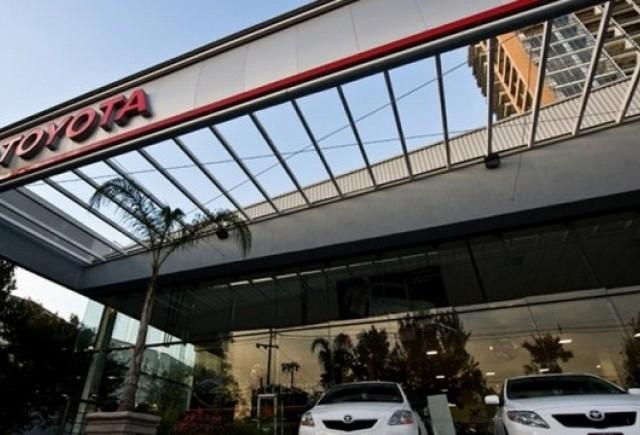 Razboi intre Toyota si General Motors