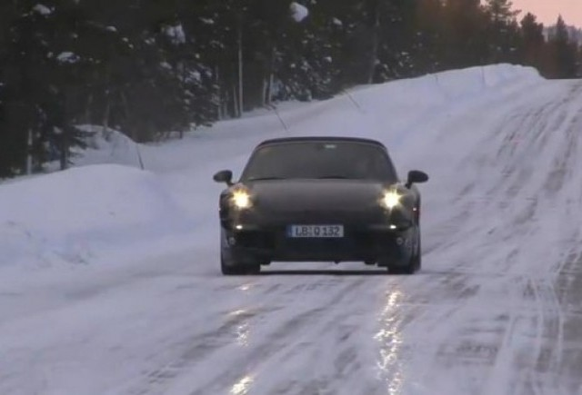 VIDEO: Noul Porsche 911 spionat in Suedia