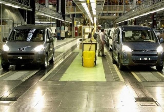 Peugeot Citroen opreste productia in Slovacia