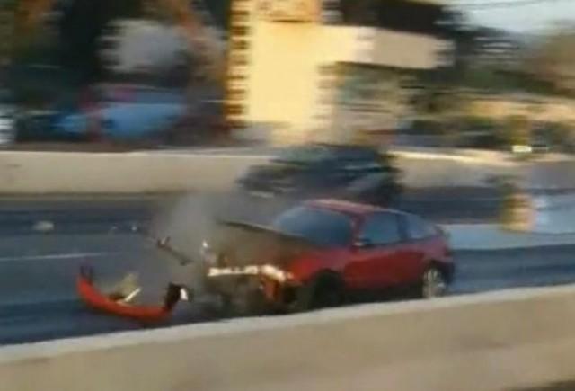 VIDEO: Ce se intampla cand explodeaza ambreiajul...