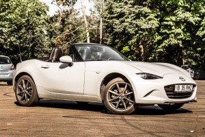 Mazda MX-5 Revolution MT6