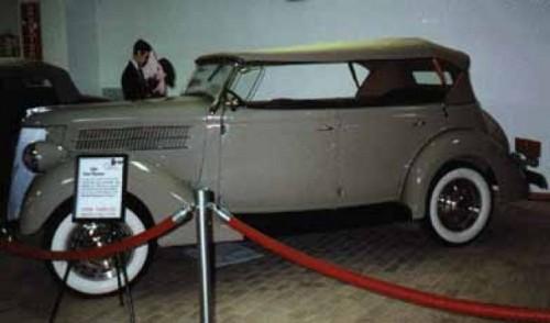 Colectia Ford de la inceputuri si masini clasice Garlits28920