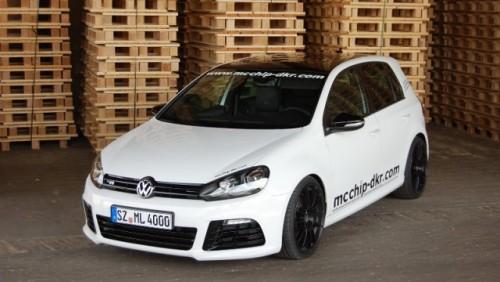 Volkswagen Golf R tunat de Mcchip-dkr28617