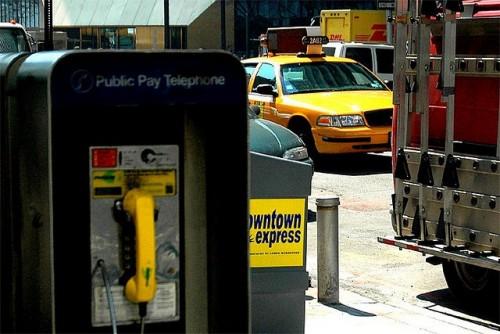 Cabinele telefonice inutile folosite ca alimentatoare de energie electrica28308