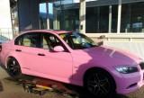 Un BMW Seria 3, roz, din Romania!28273