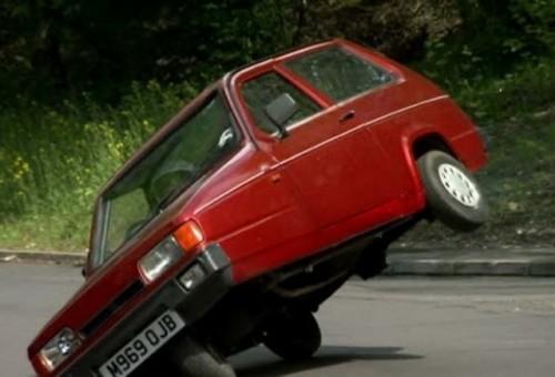 Jeremy Clarkson invinuit pentru gluma cu Reliant Robin28272