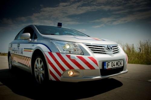 Doua Toyota Avensis vegheza asupra sigurantei traficului pe Autostrada A228256