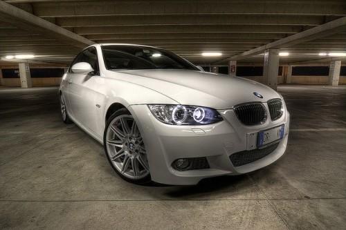 Detalii tehnice despre BMW 32328230