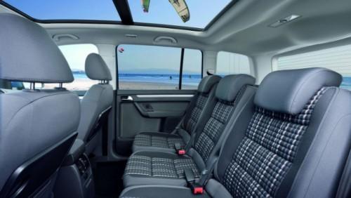 OFICIAL: Iata noul Volkswagen CrossTouran!28186