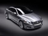 Jaguar este tinut pe loc de Ford28116
