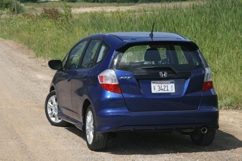 Honda Fit hibrid costa 18.600 $27889