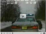 VIDEO: O femeie fura masina politiei!27741