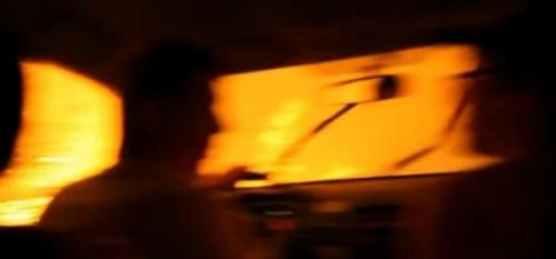 VIDEO: Conducand prin flacari, in Rusia27737
