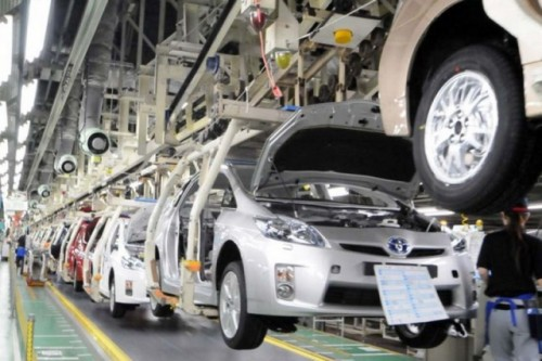 Toyota reduce productia27409