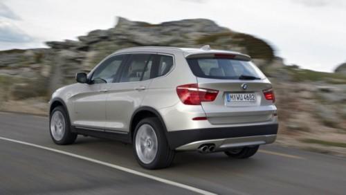 BMW a prezentat noul X327160