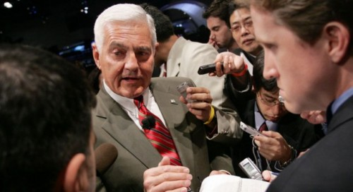 Lotus vrea sa-i angajeze pe fostii sefi GM si Rolls-Royce26424