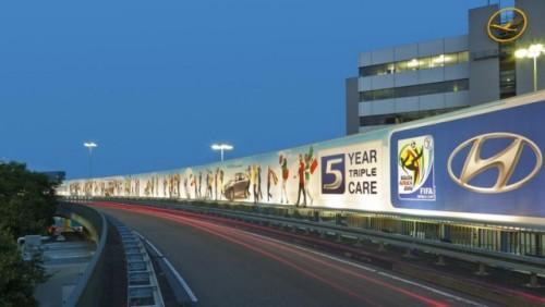 Hyundai are un panou de 600 metri patrati pe aeroportul din Frankfurt26103